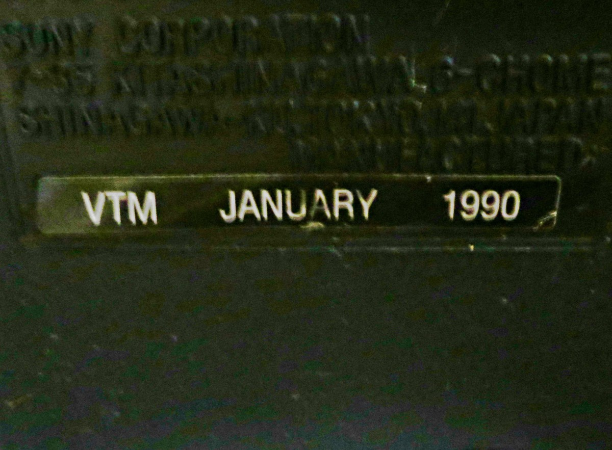 Sony wanted you to know this television was born on January 1990.  Back when companies were proud of their products they gave  the television a birth date. . Assembled in Mexica for the Sony Corporation of America