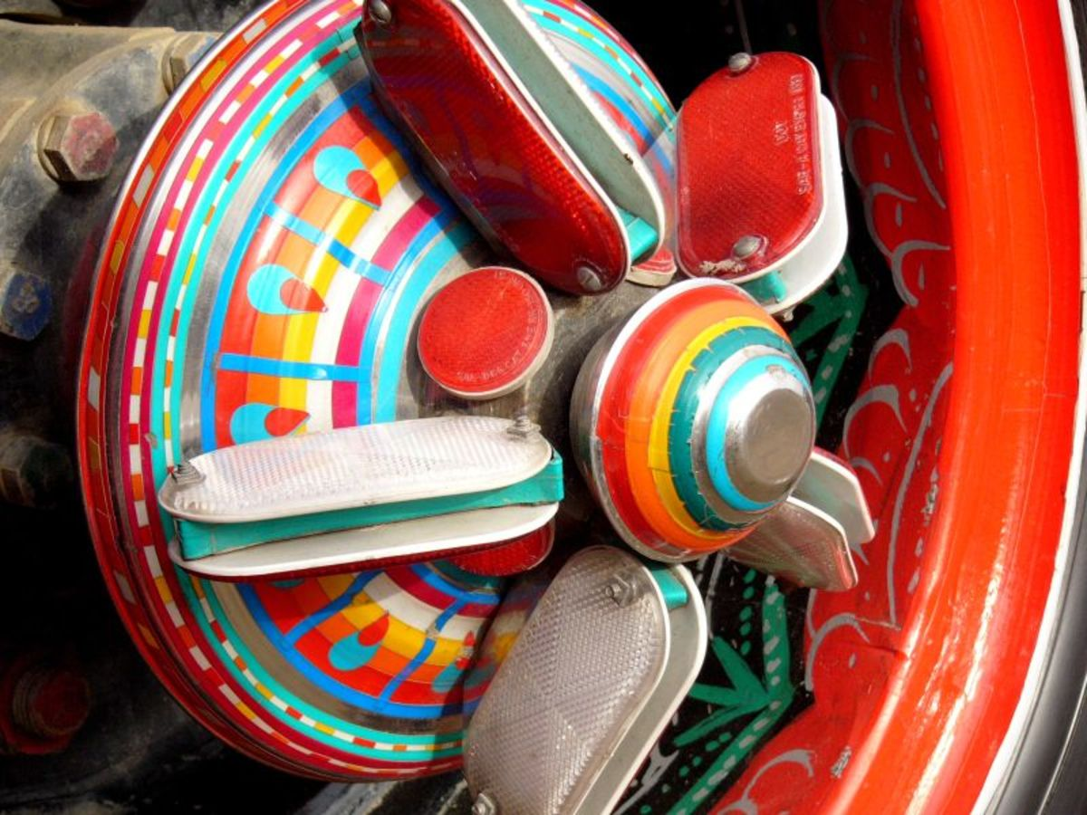 Wheel of the truck depicts vibrant colors