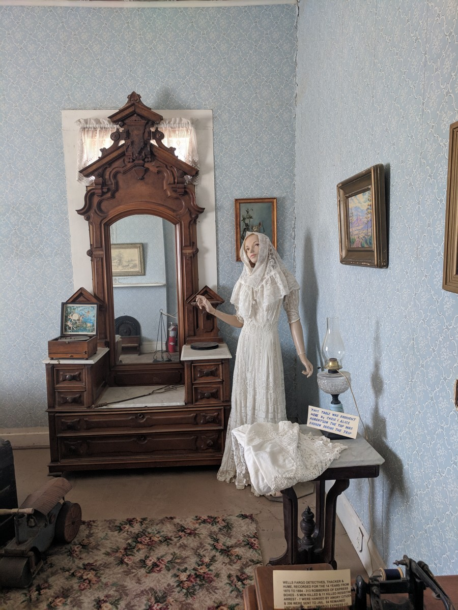 Part of the bedroom as it looked in the early 20th century when the building was the Macia family home.