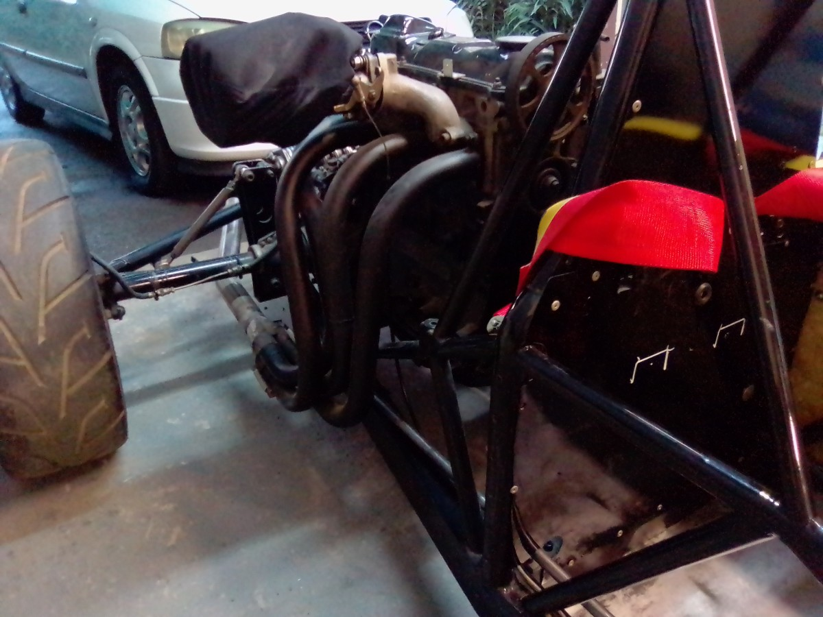 Exhaust branch made of 38 mm tubing
