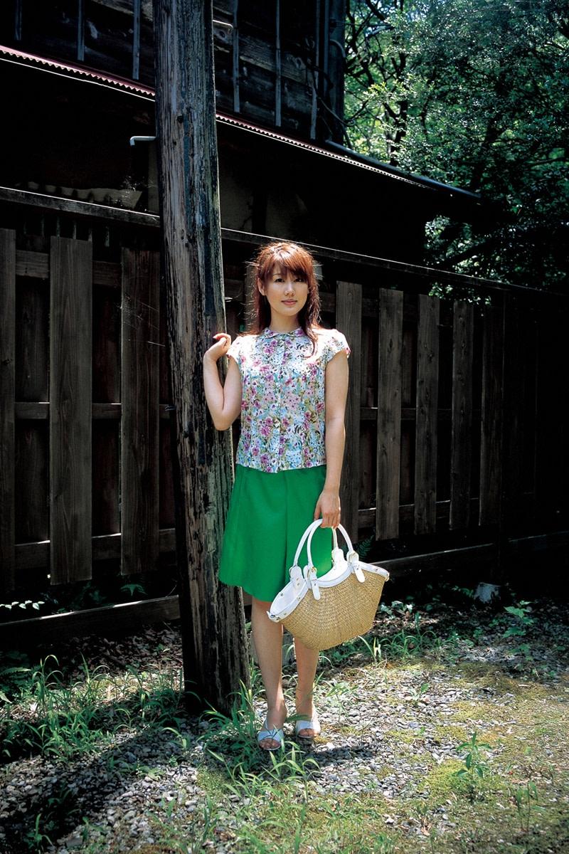 beautiful-japanese-actresses-megumi-yasu-yukie-kawamura