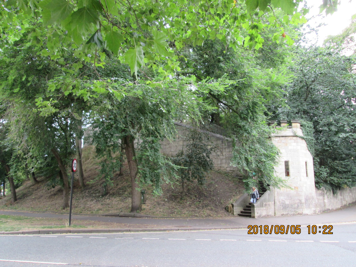 Here is the access point to the southern part of the wall on the way to Micklegate