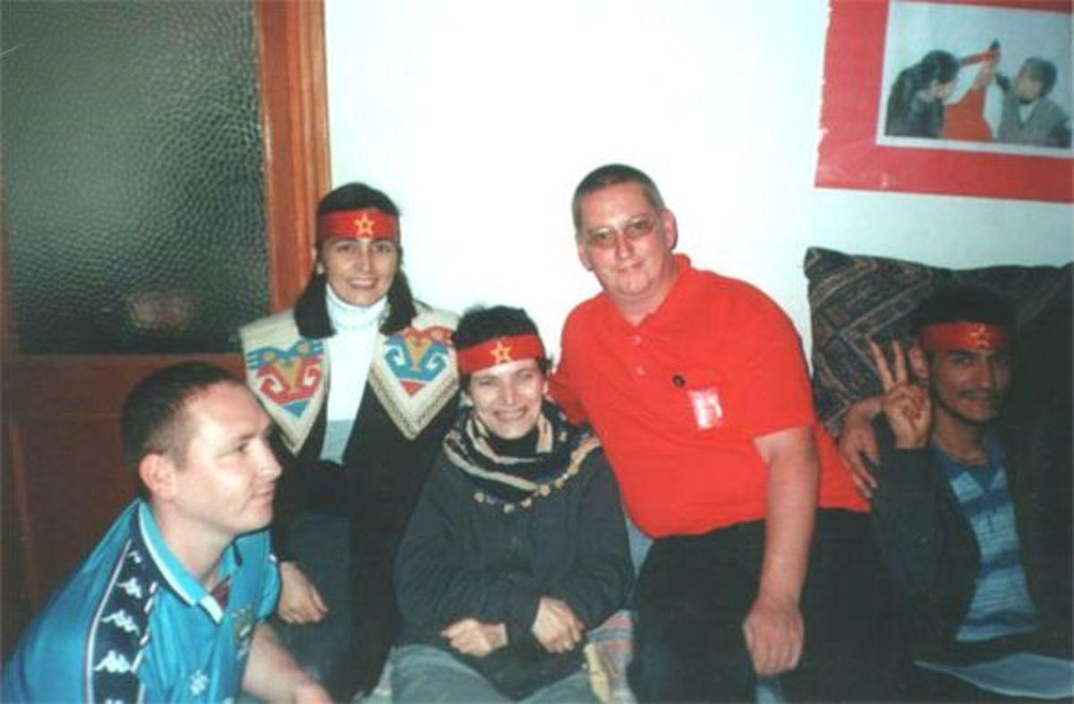Hunger Striker,  Mickey Devine's son (left) with the Irish delegation to Küçük Armutlu in Istanbul in September 2001
