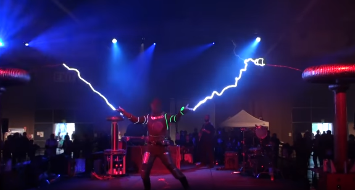 are-tesla-coils-dangerous-can-tesla-coils-electrocute