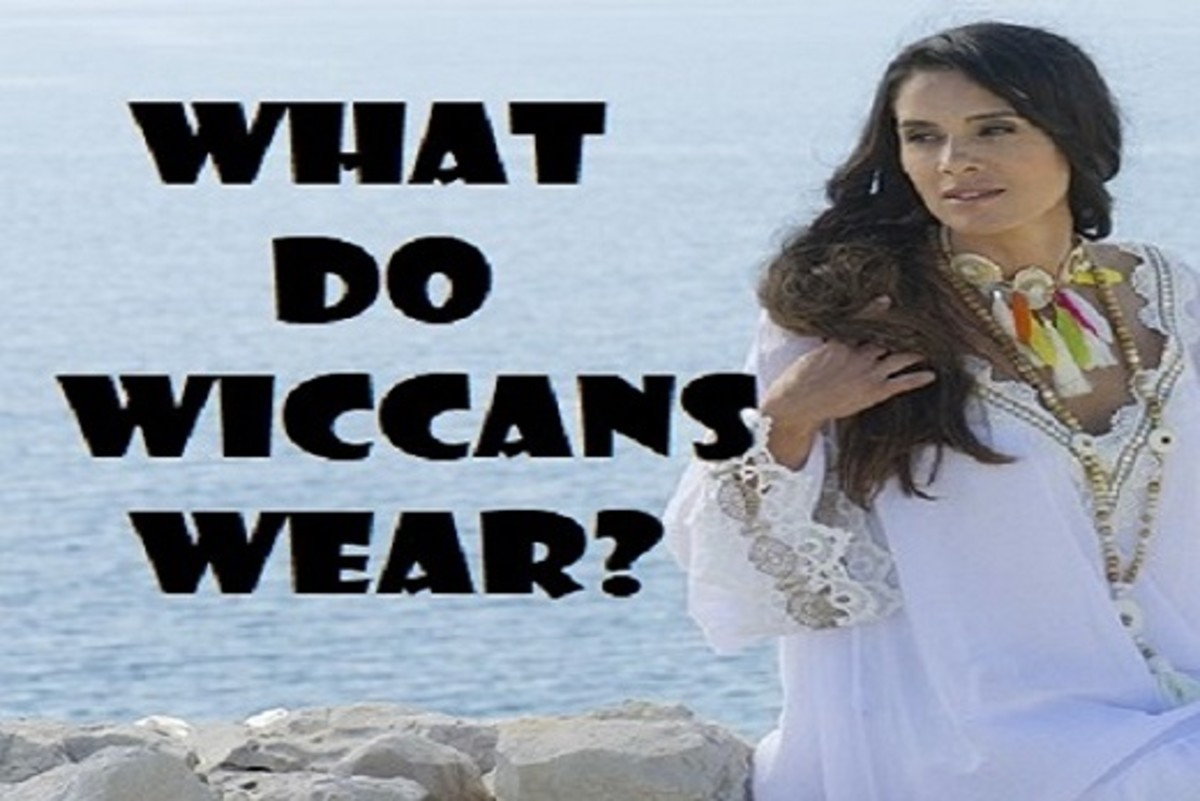 What Do Wiccans Wear?