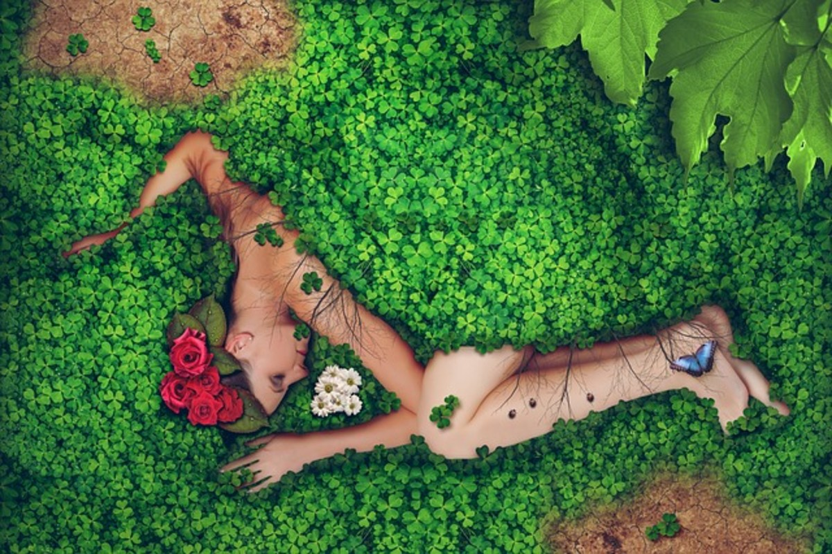 Ritual Nudity Plays a Role in Traditional Wiccan Ceremony