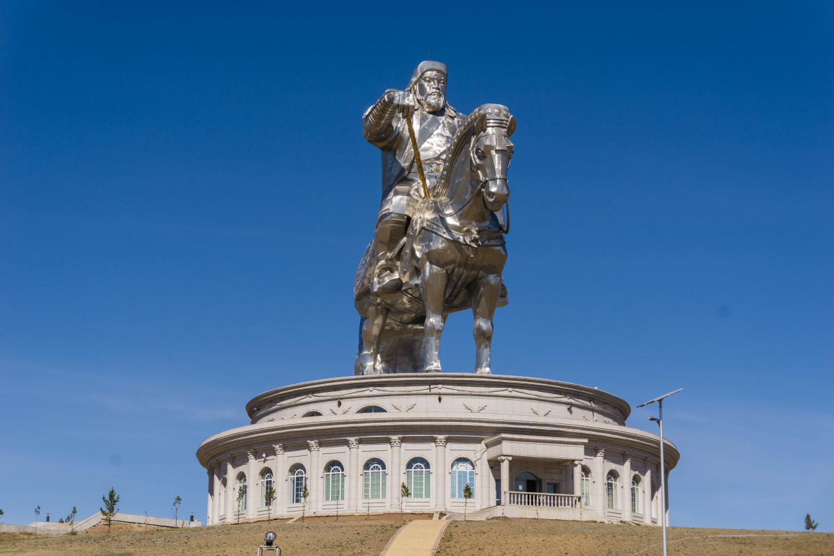 The largest equestrian statue in the world
