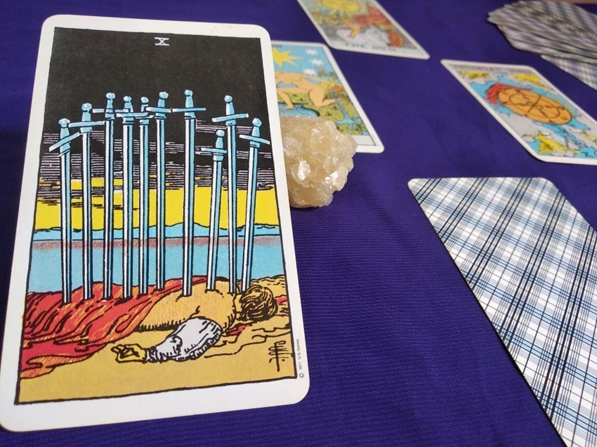 top-ten-tarot-cards-for-infidelity