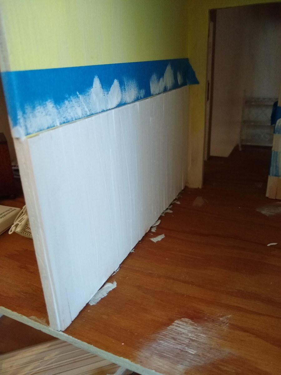 dollhouse-wainscoting-tutorial