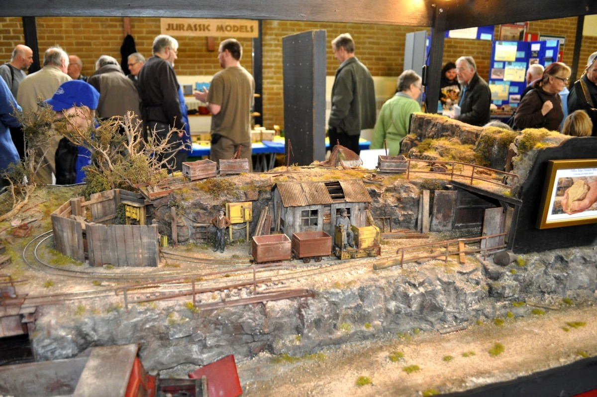Model Train Resource: Online Videos of Great Micro-Layouts for Model Railroading