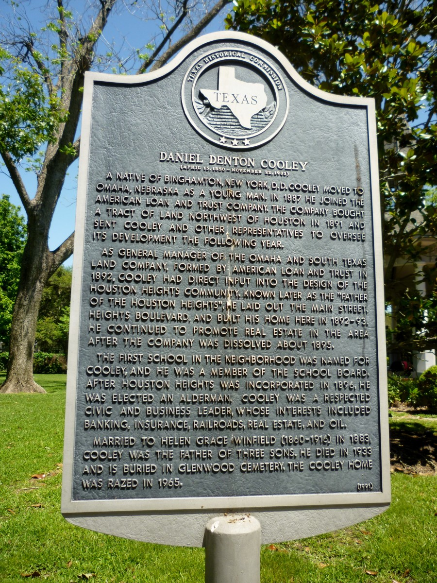 Texas Historical Commission Sign dedicated to Daniel Denton Cooley in Marmion Park