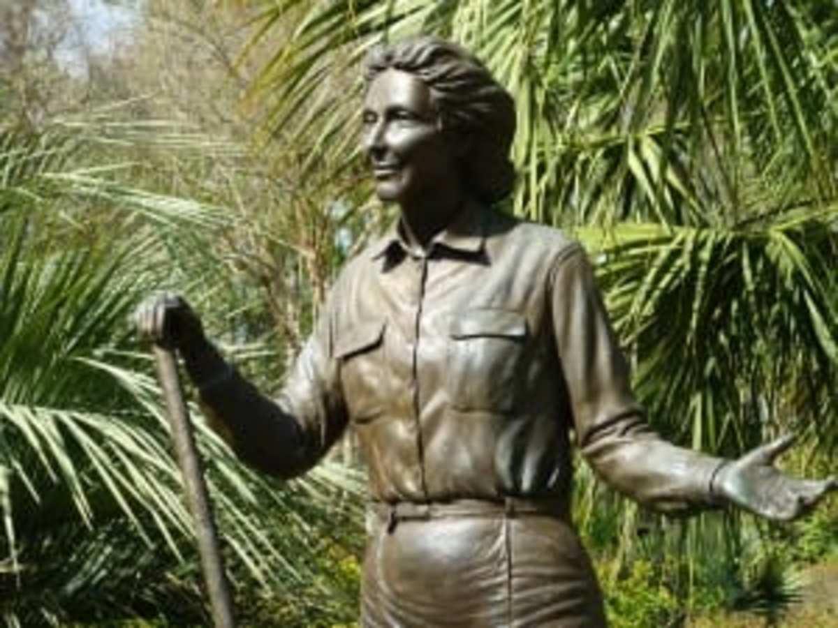 Closeup of sculpture of Thelma Loraine Mercer