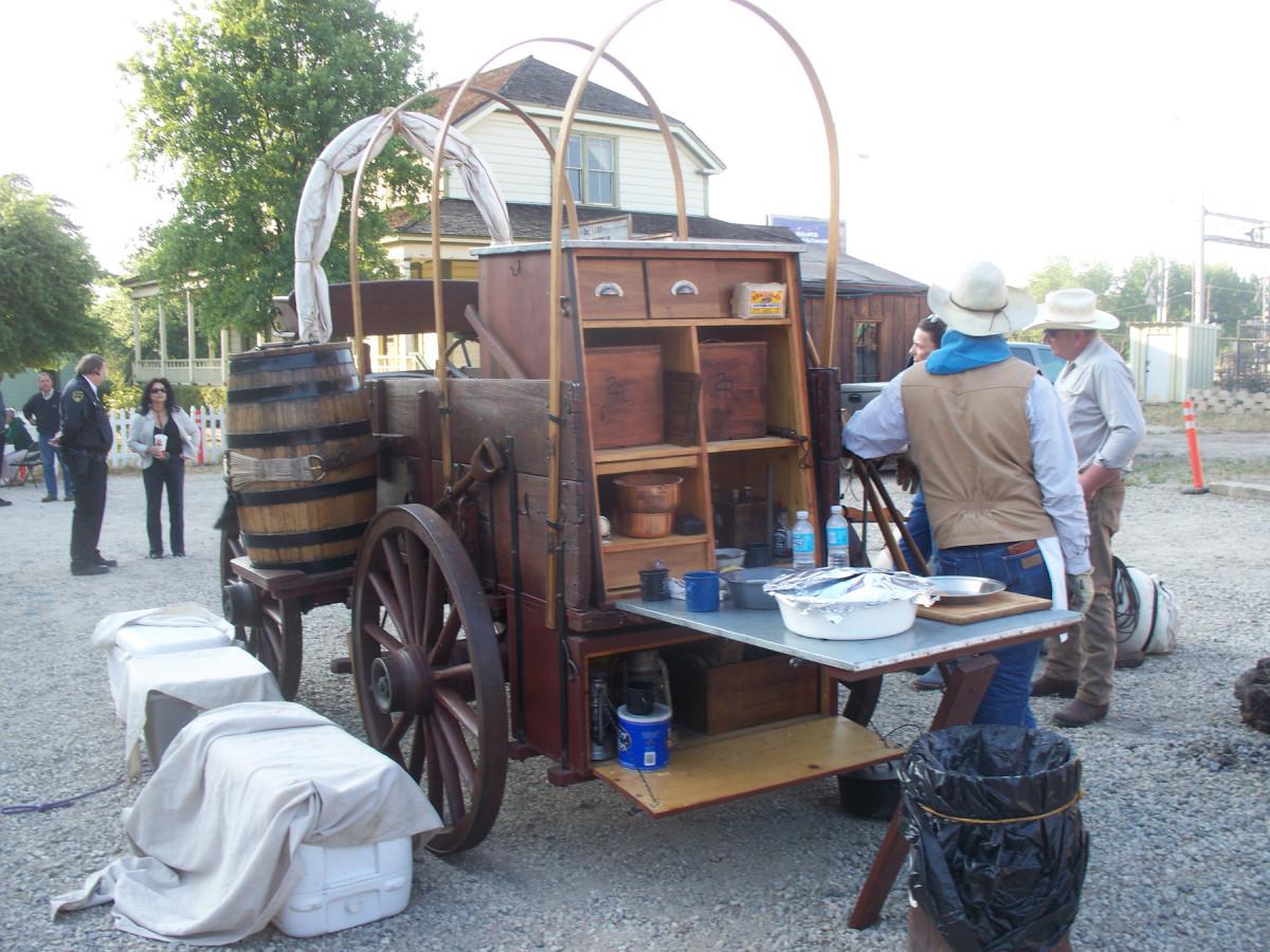 Set-up of a Chuck wagon
