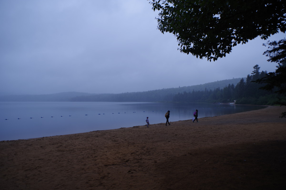 Hiking under rain at La Mauricie National Park.