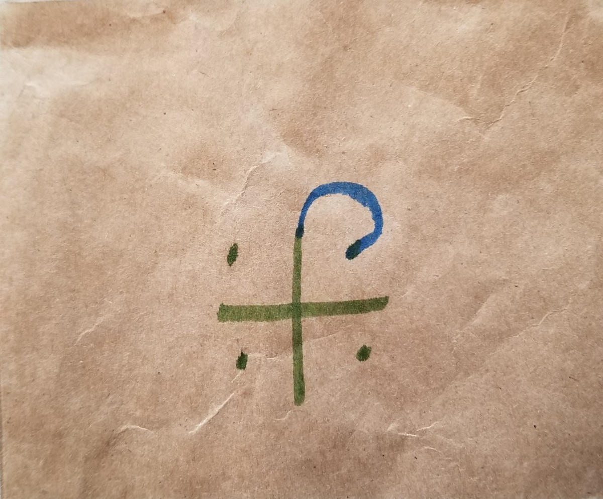 Step 2: Create the center of the path by drawing an arch from the top of the cross to the first corner dot.