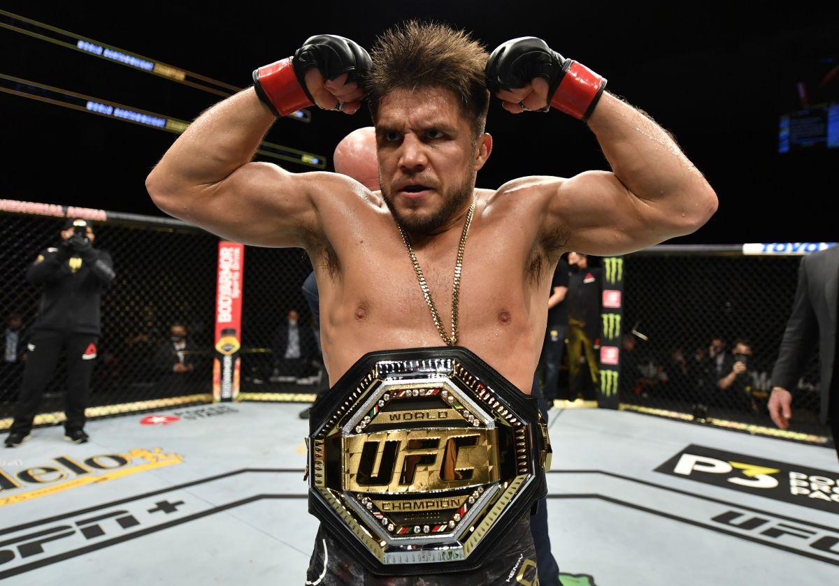top-10-greatest-ufc-fighters-of-all-time