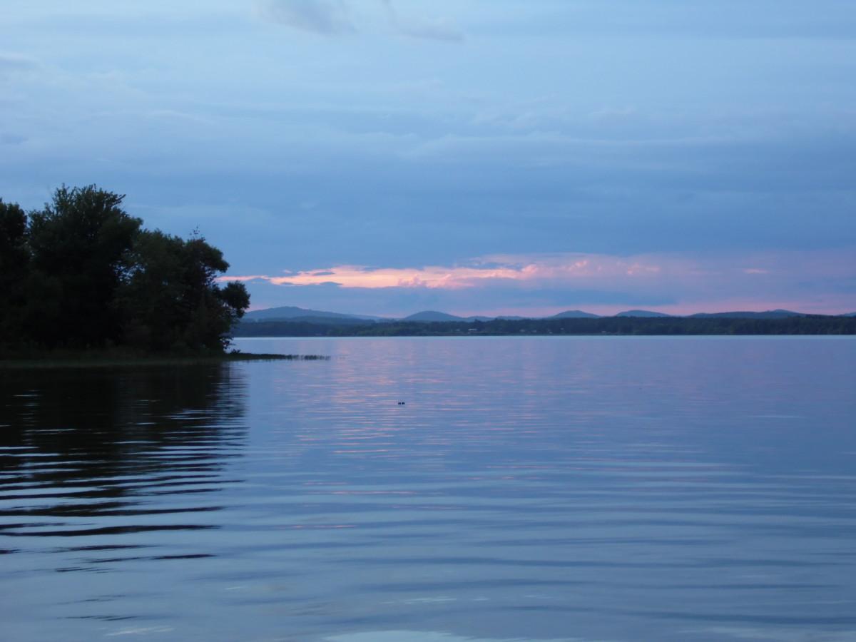 Sunset at wonderful Weiss Lake.