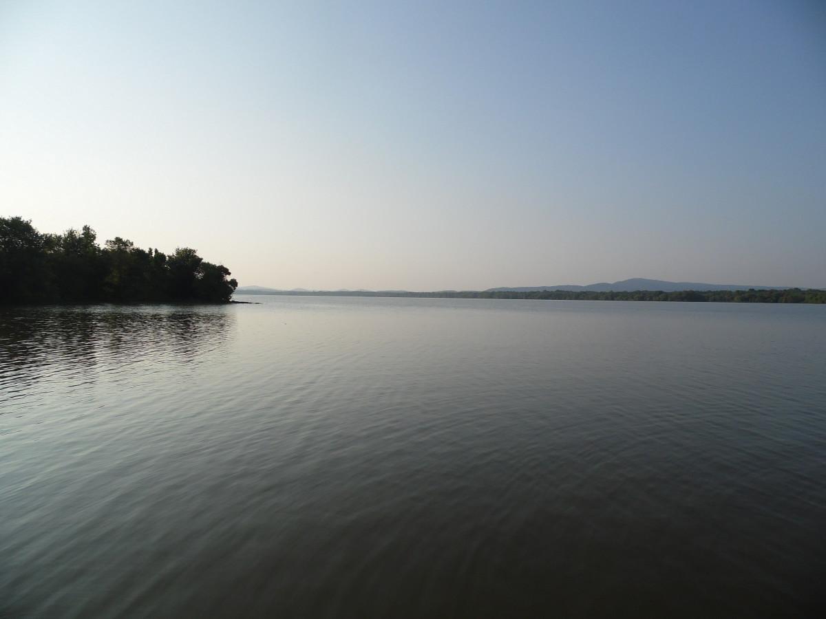 Weiss Lake at sunrise.