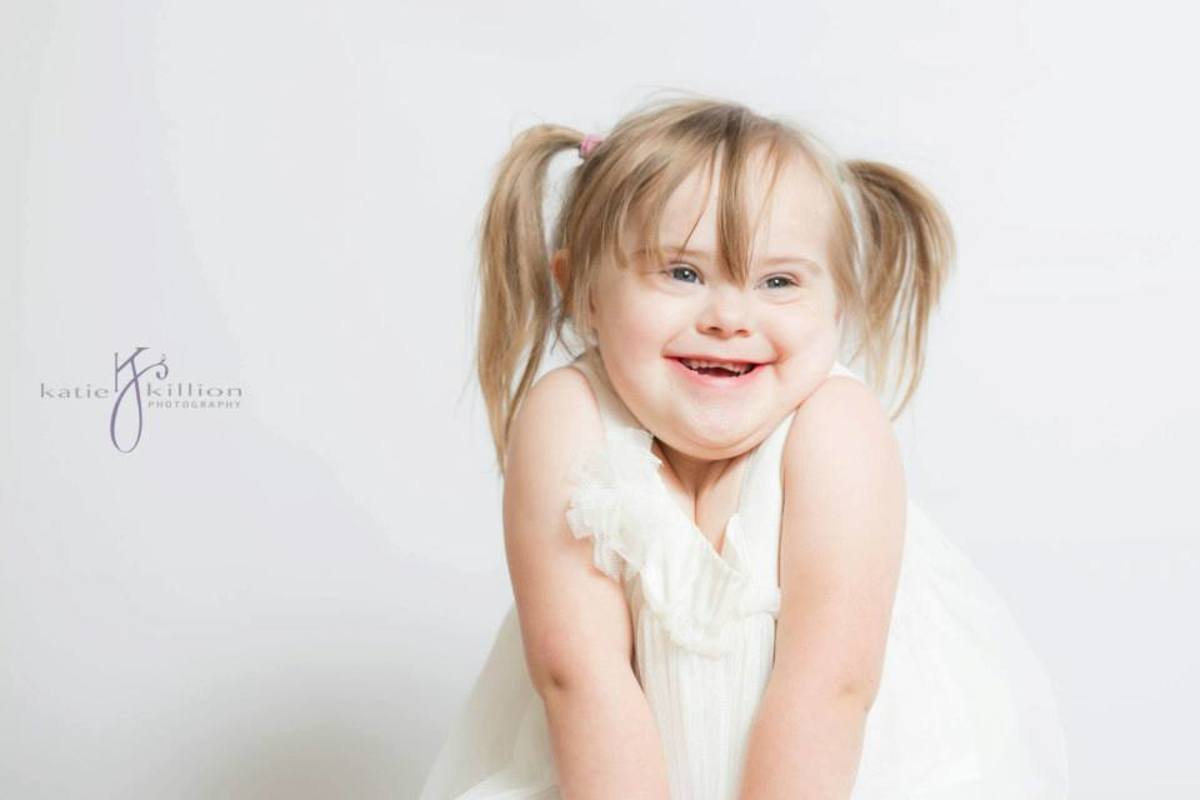 Isabella Creech 2014 Down Syndrome Family Connection Photo for Calendar