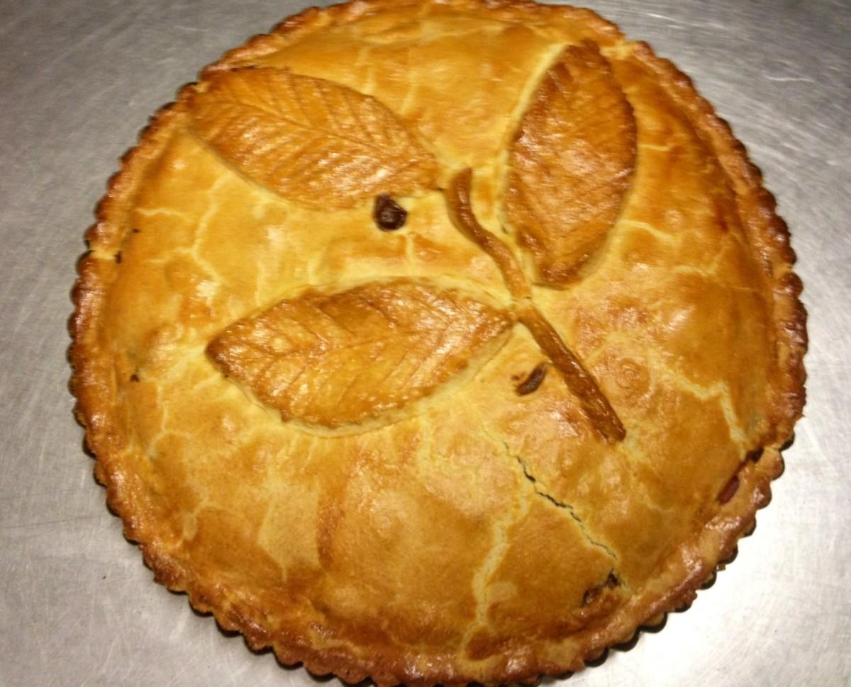 Easy Bramley Apple Pie Recipe