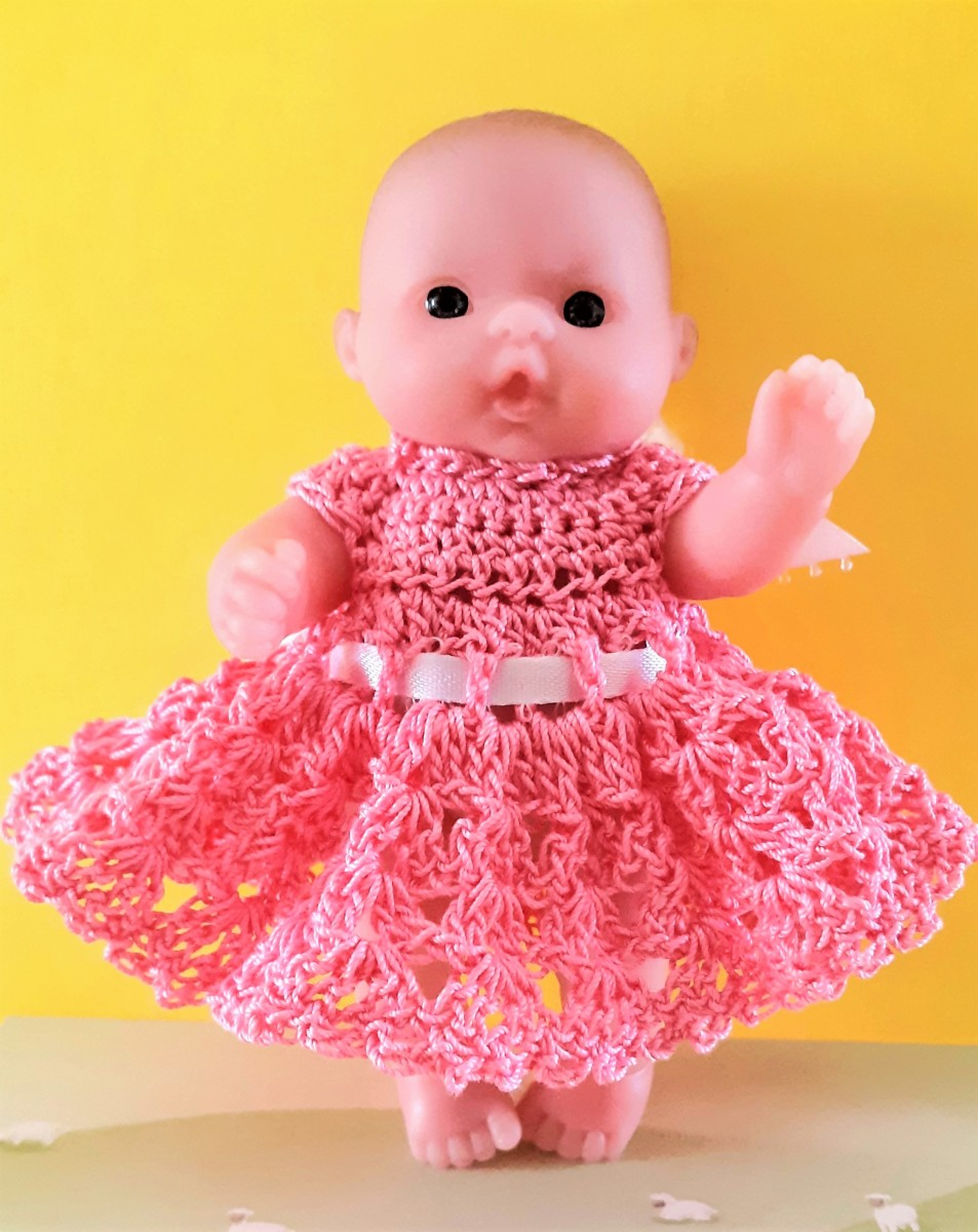 Free & Easy Crochet Thread Pattern for 5 inch Lots to Love Berenguer Itty Bitty Doll Outfit: Dress
