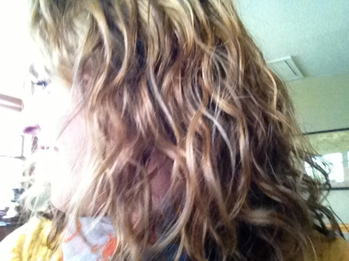 Naturally my hair's got movement but not full-on curls. Wavy hair that is neither straight nor curly.