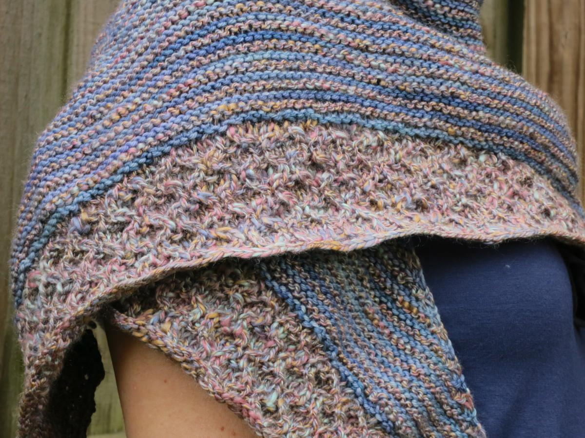 Knitting Patterns For Lightweight Shawls : Free Knitting Pattern: Lightweight Textured Shawl HubPages