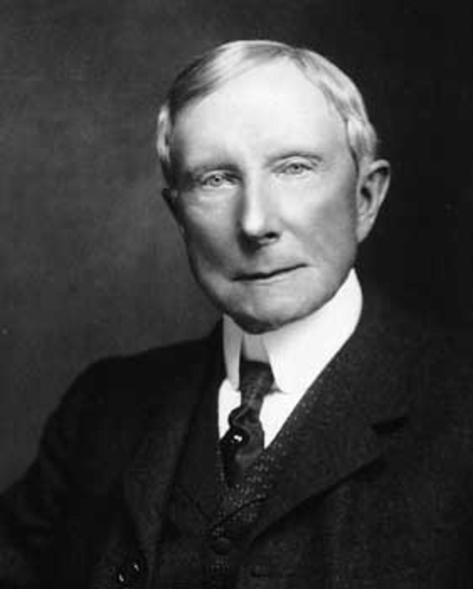 Who is the Rockefeller family? Are they Illuminati? How did this family earn their wealth? What are they doing?
