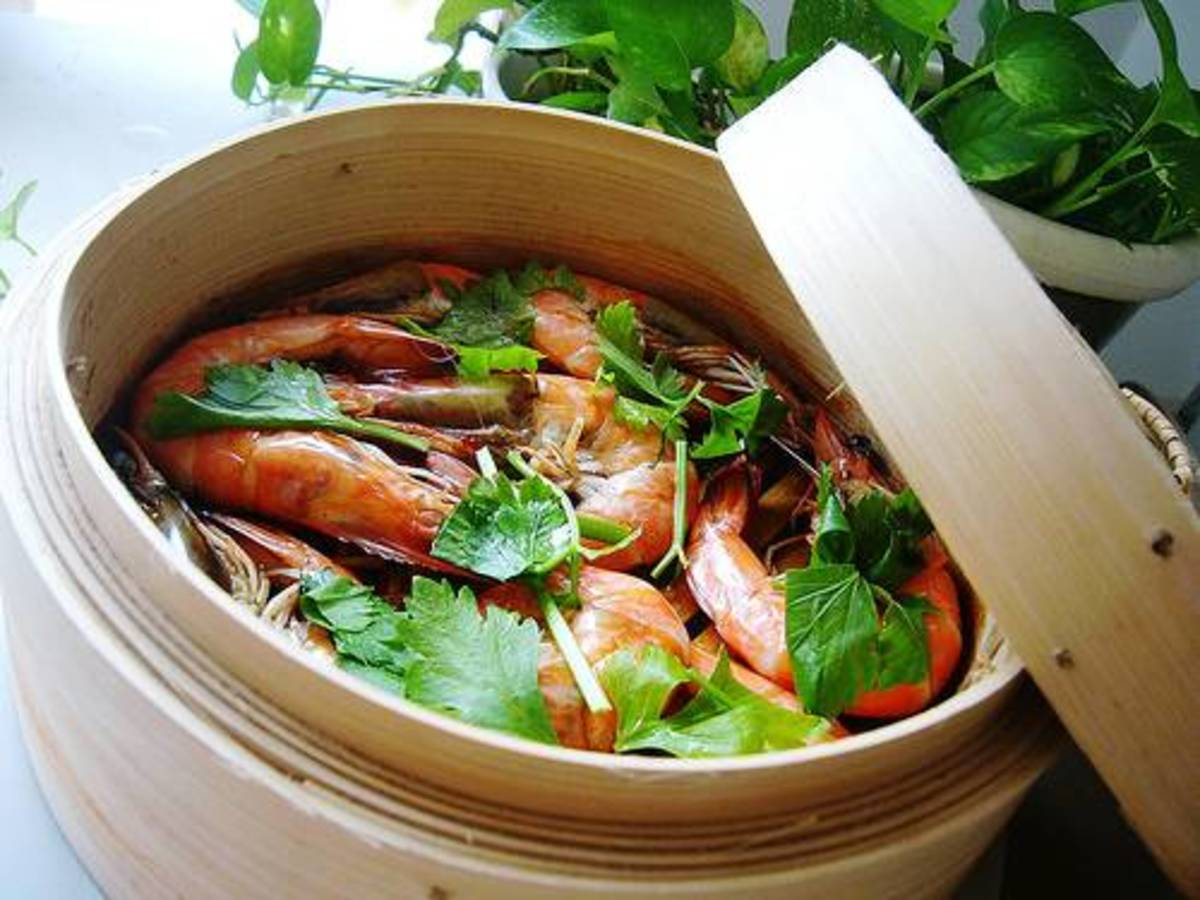 How to Steam Food in a Bamboo Steamer