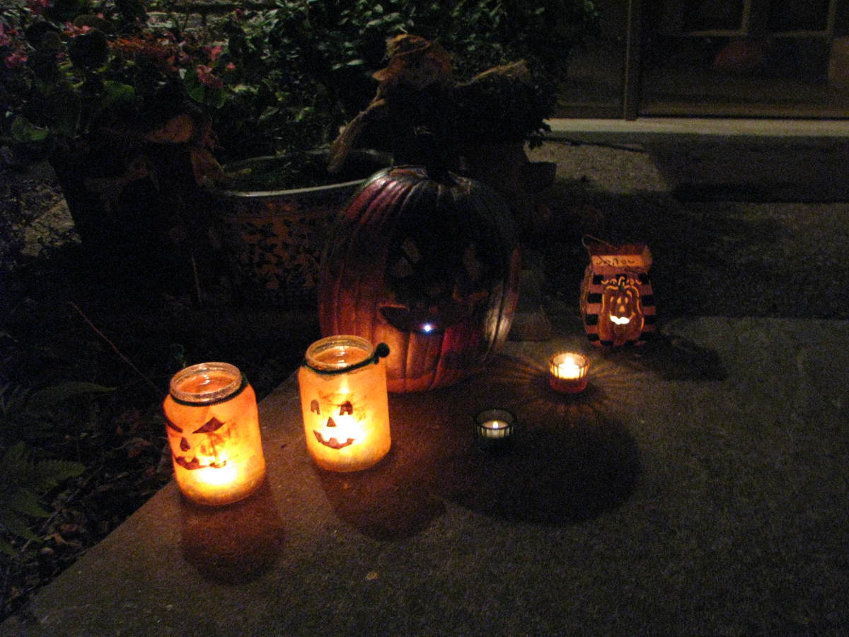 Our Jar Pumpkins light up the sidewalk on Halloween night!