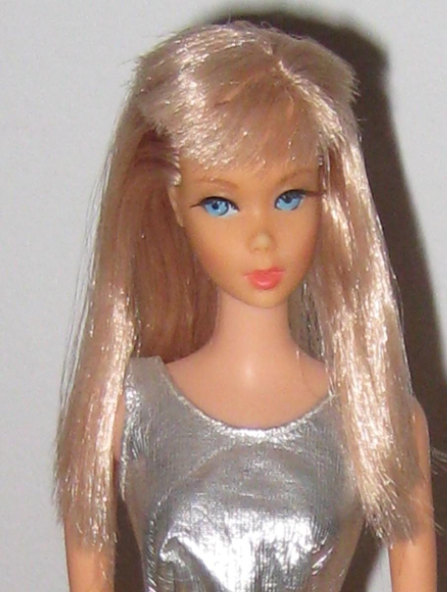 "Barbie Doll's ""Mod"" Closet: 1969"