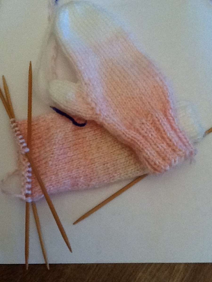 Free Pattern For Child's Basic Mittens