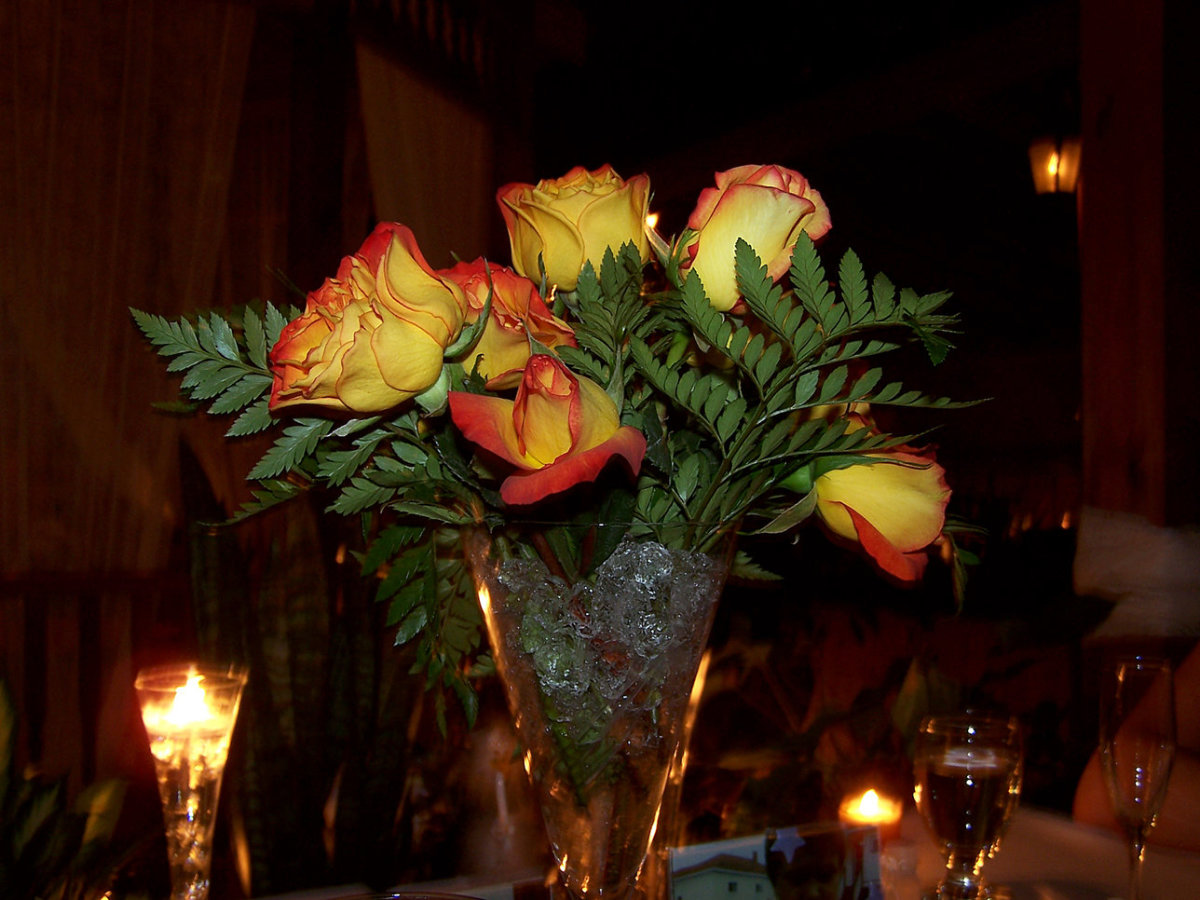 Yellow Roses Centerpiece Photo