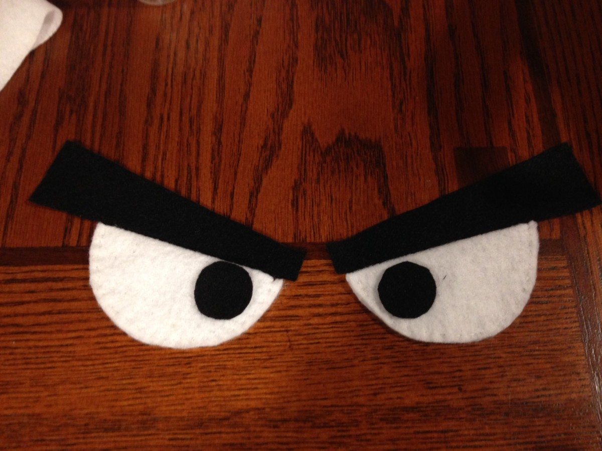 I even used two felt layers for the pupils, just so the colour would appear completely solid.