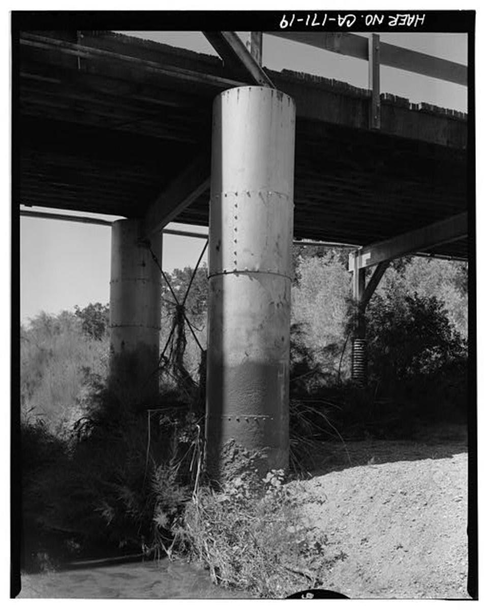 Lally columns supporting truss of Red Bank Creek Bridge, Red Bluff, California.