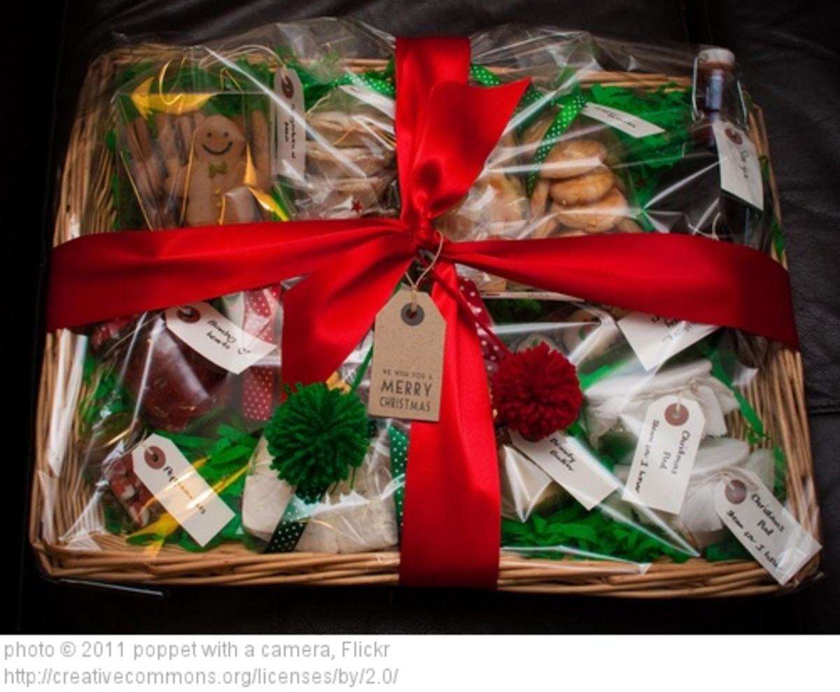 Decorate your gift basket freely or with a theme to go with the person, such as music, sports, cooking and such.