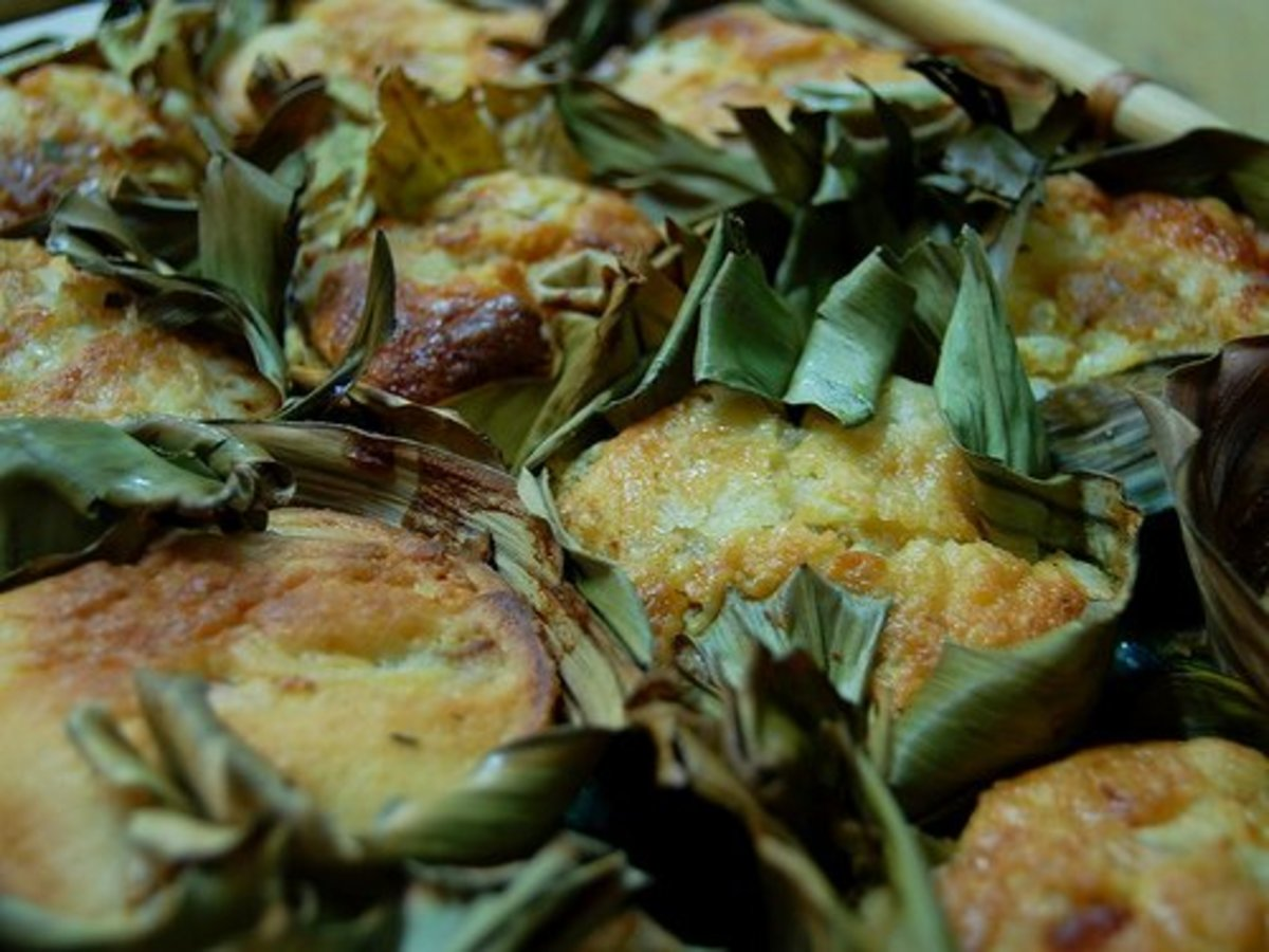 Bibingka - Filipino Rice Cake (Photo courtesy by ~MVI~ from Flickr.com)