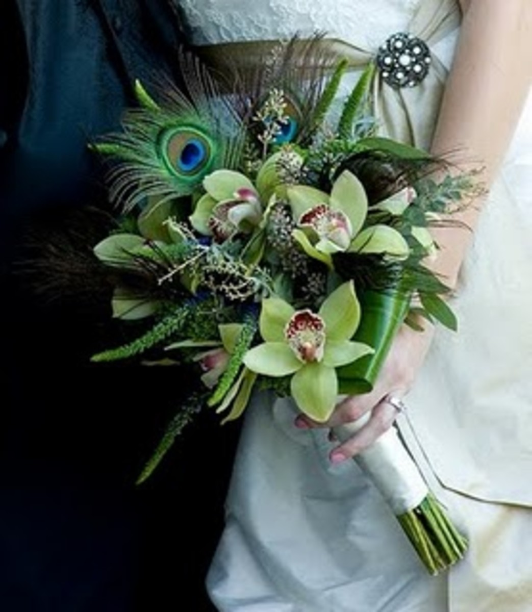 Peacock Feather Wedding Bouquets and Floral/Flower Arrangements - How To Make Your Own!