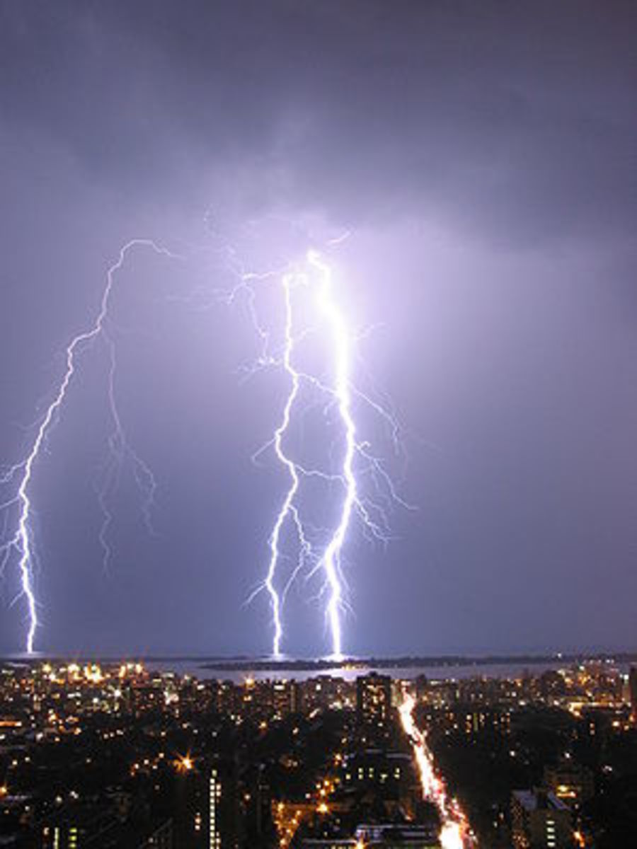 Cloud-to-ground lightning during a Toronto thunderstorm.