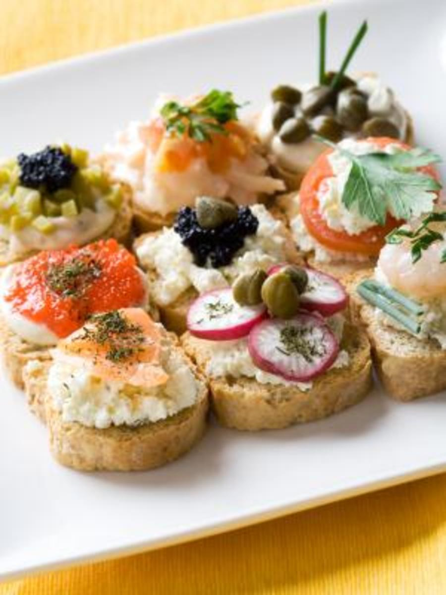 Using decorations in finger food easy recipes