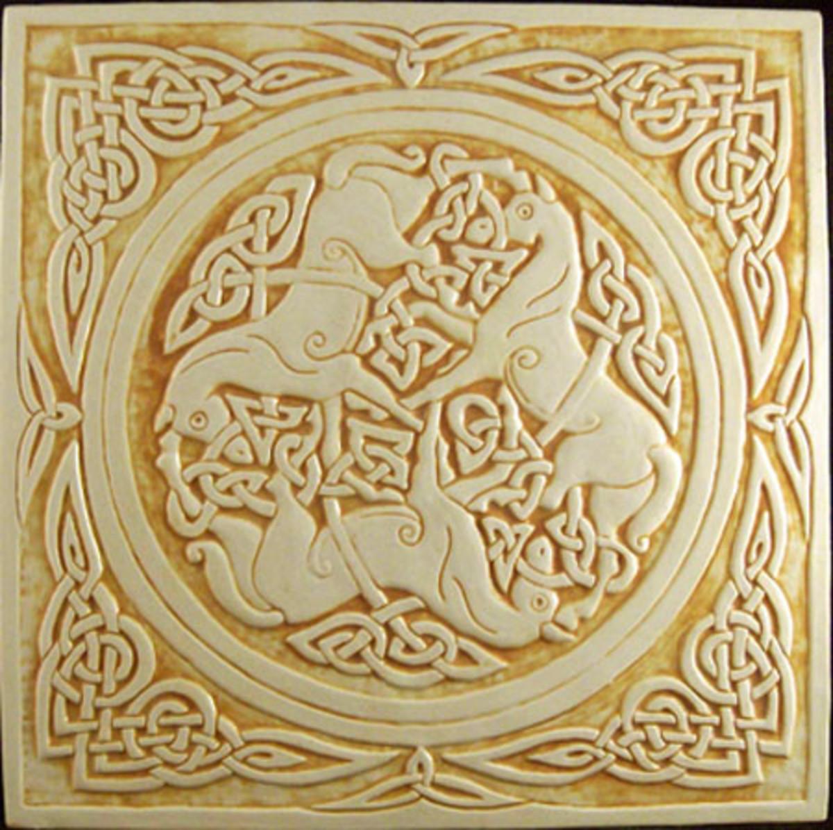 Celtic horses honey-trinity.