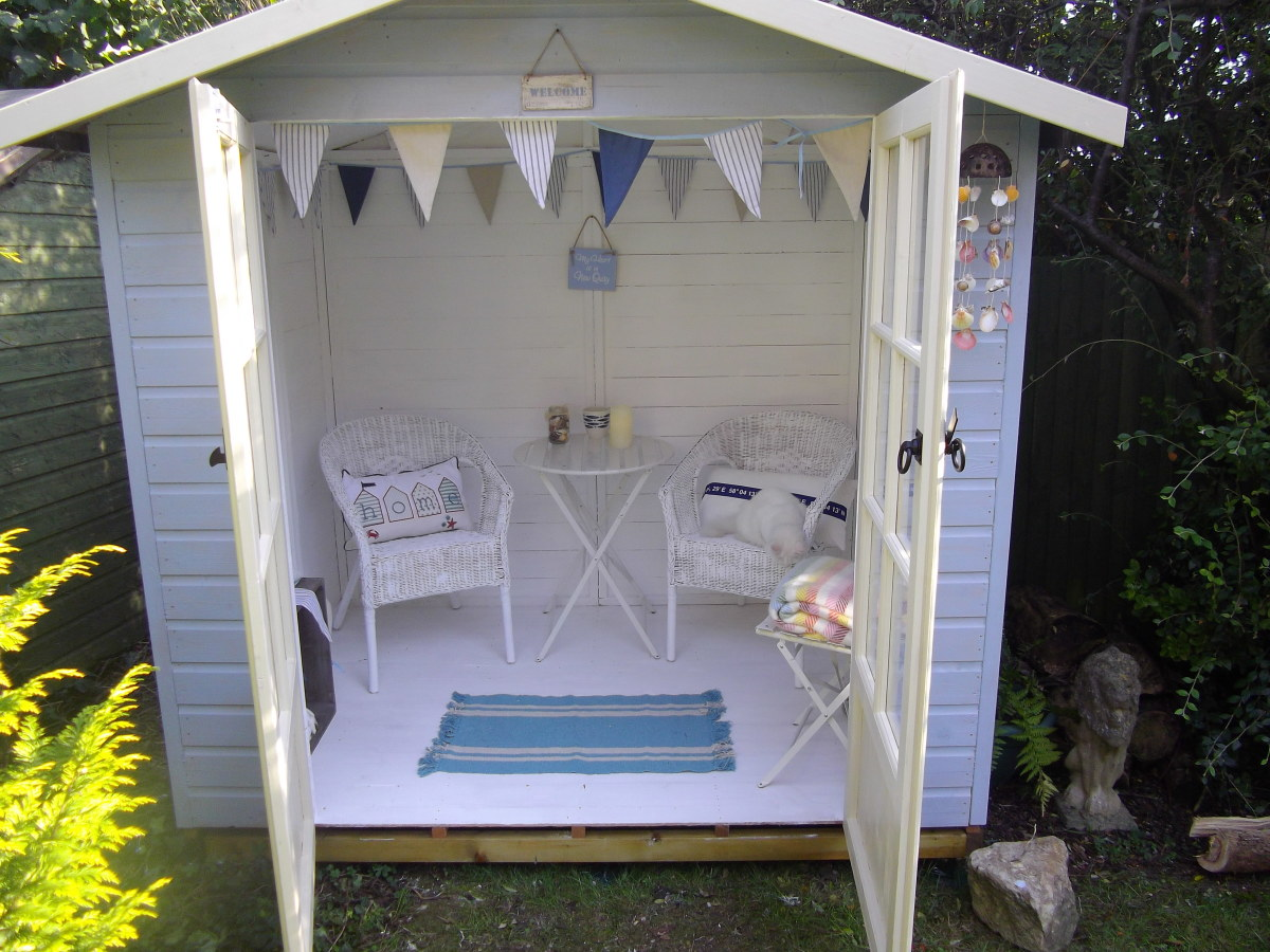 How to Create a Beach hut Themed Summerhouse in Your Garden or Yard.