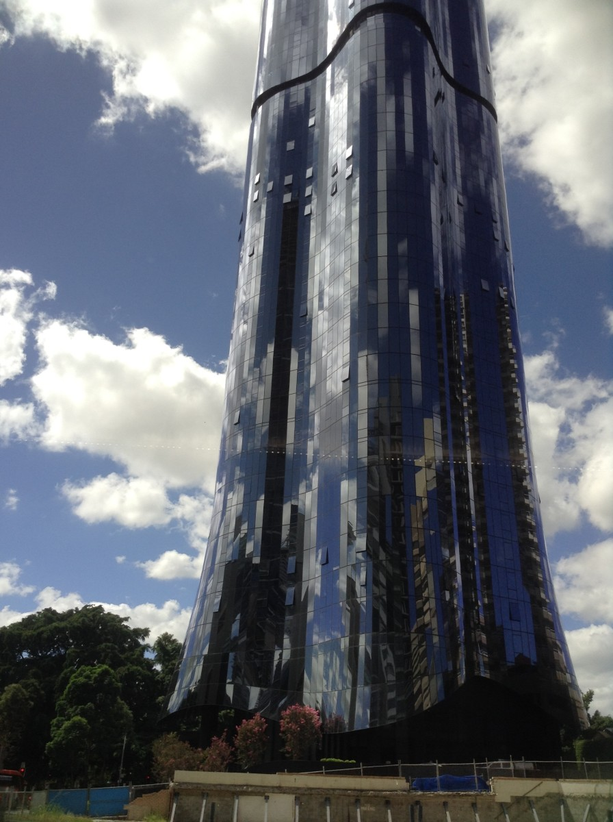 Modern Building in Brisbane - which is sky, which is reflection?!
