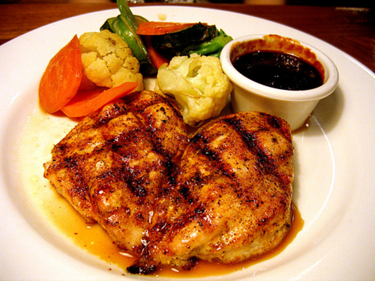 Grilled Chicken Breasts for Dinner photo: ak37 @flickr
