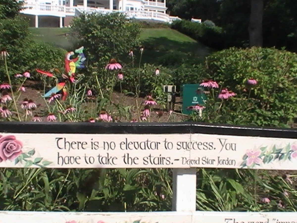 Geneva Lake Pathway with inspirational quotes along the walkway garden