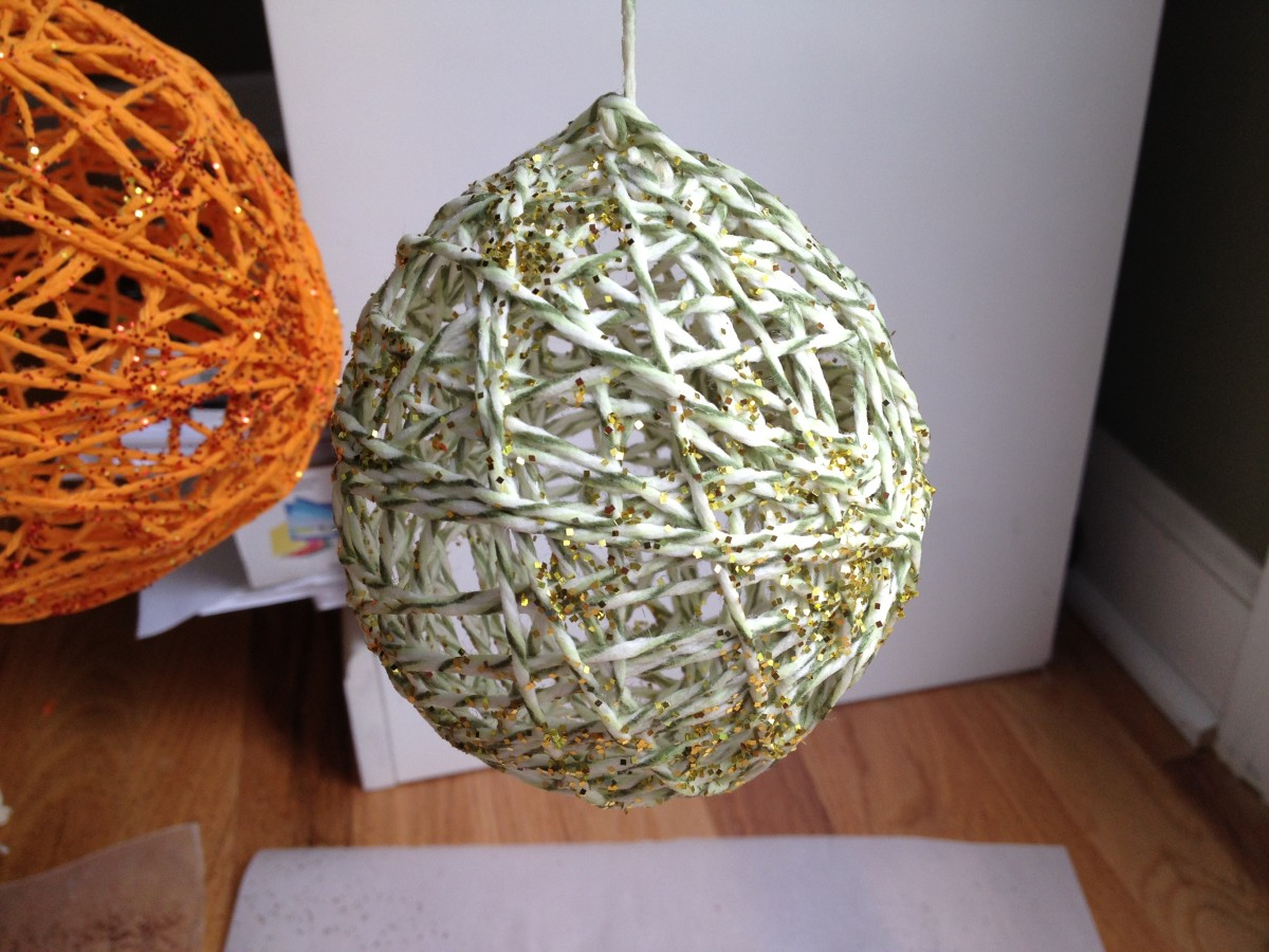 Completed yarn ball planet