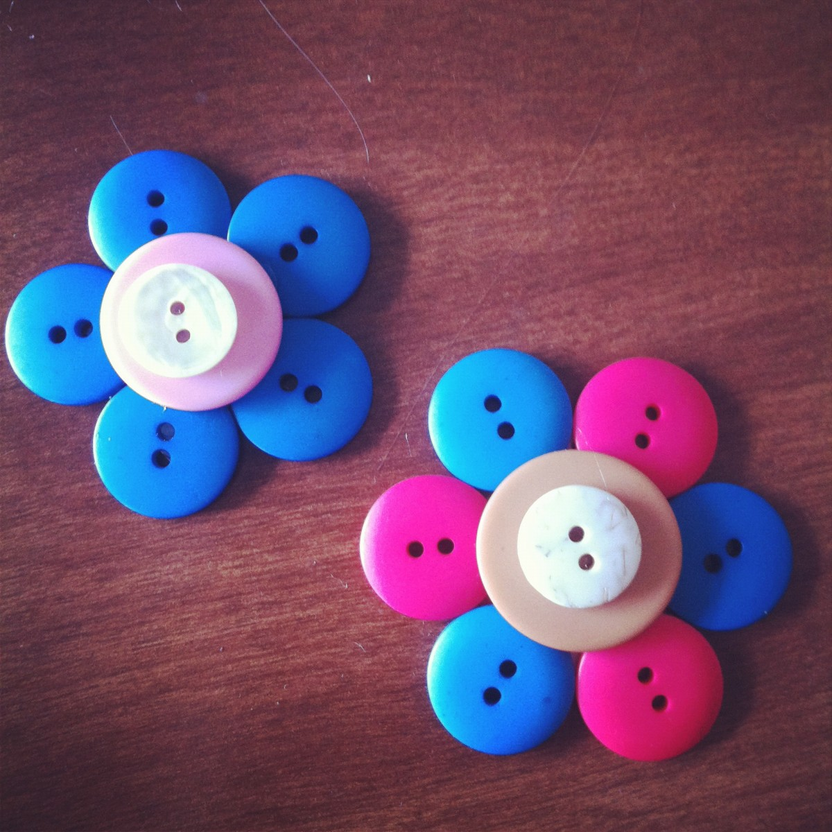 Button Flower Magnets