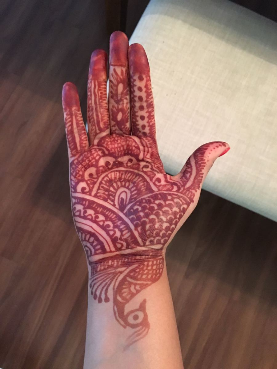 The Mehandi design looks something like this after it is taken off after few hours