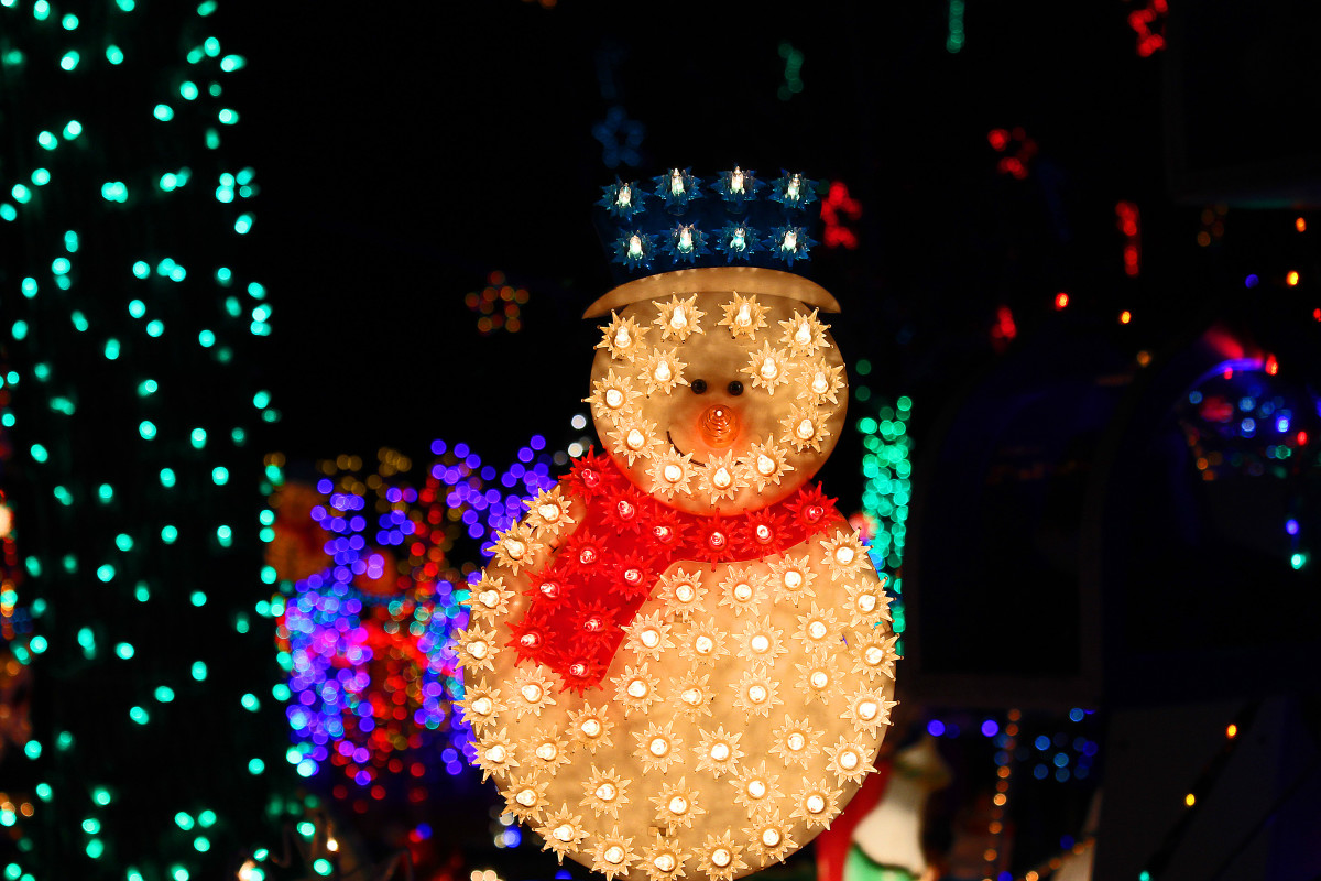 Lighted snowman--Kloewer house--Holiday and Christmas Lights in Littleton