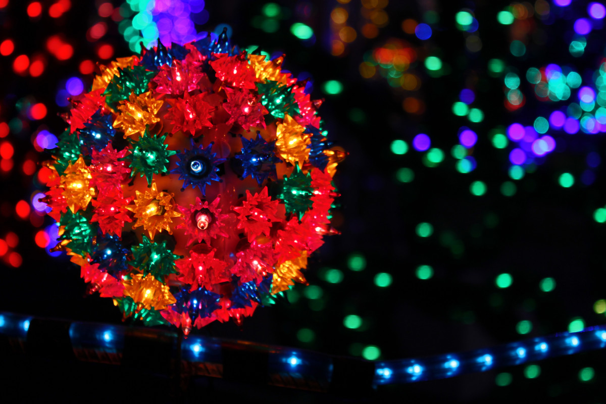 A Driving Tour of Christmas Holiday Lights in South Metro Denver: Littleton and Englewood